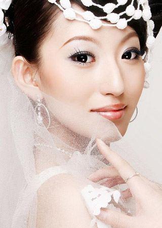 新娘彩妆造型如何不 花妆 6