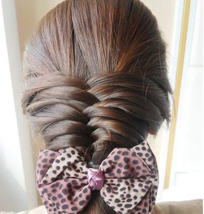 怎样梳理头发才好看_