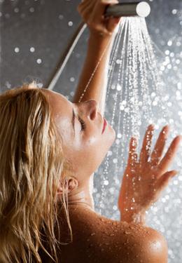 冬季洗澡可以抗疲劳 7招还你活力